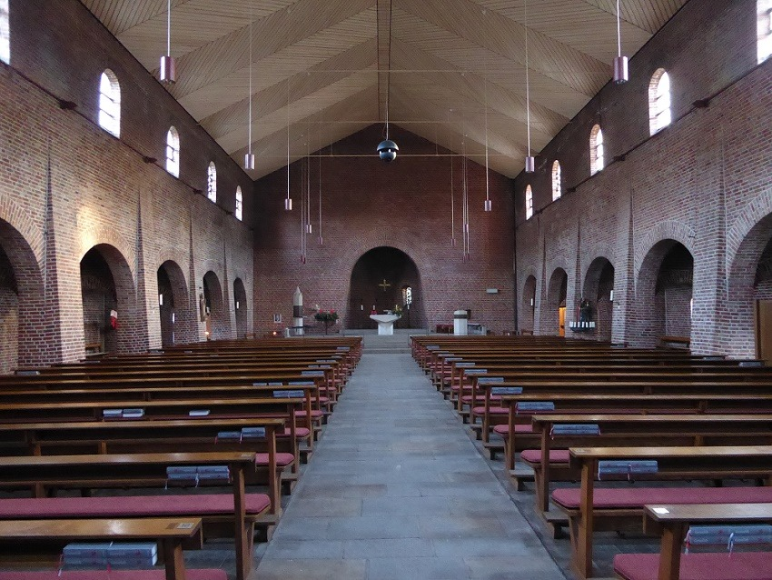 Essen | St. Bonifatius | Innenraum | Foto: Markus Juraschek-Eckstein