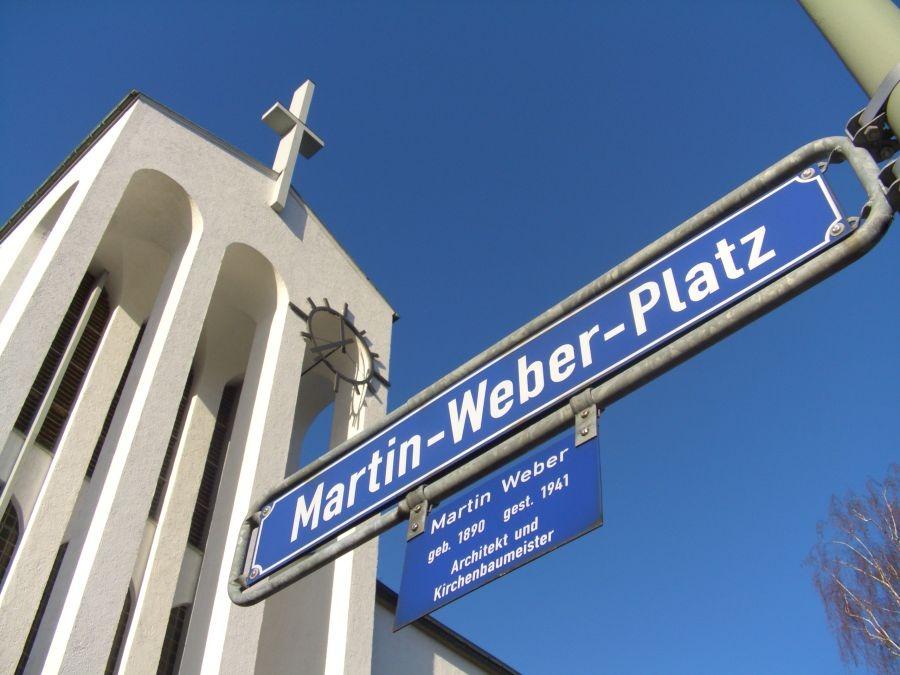 Frankfurt am Main | Heilig-Kreuz-Kirche am Martin-Weber-Platz | Foto: Metroskop, gemeinfrei