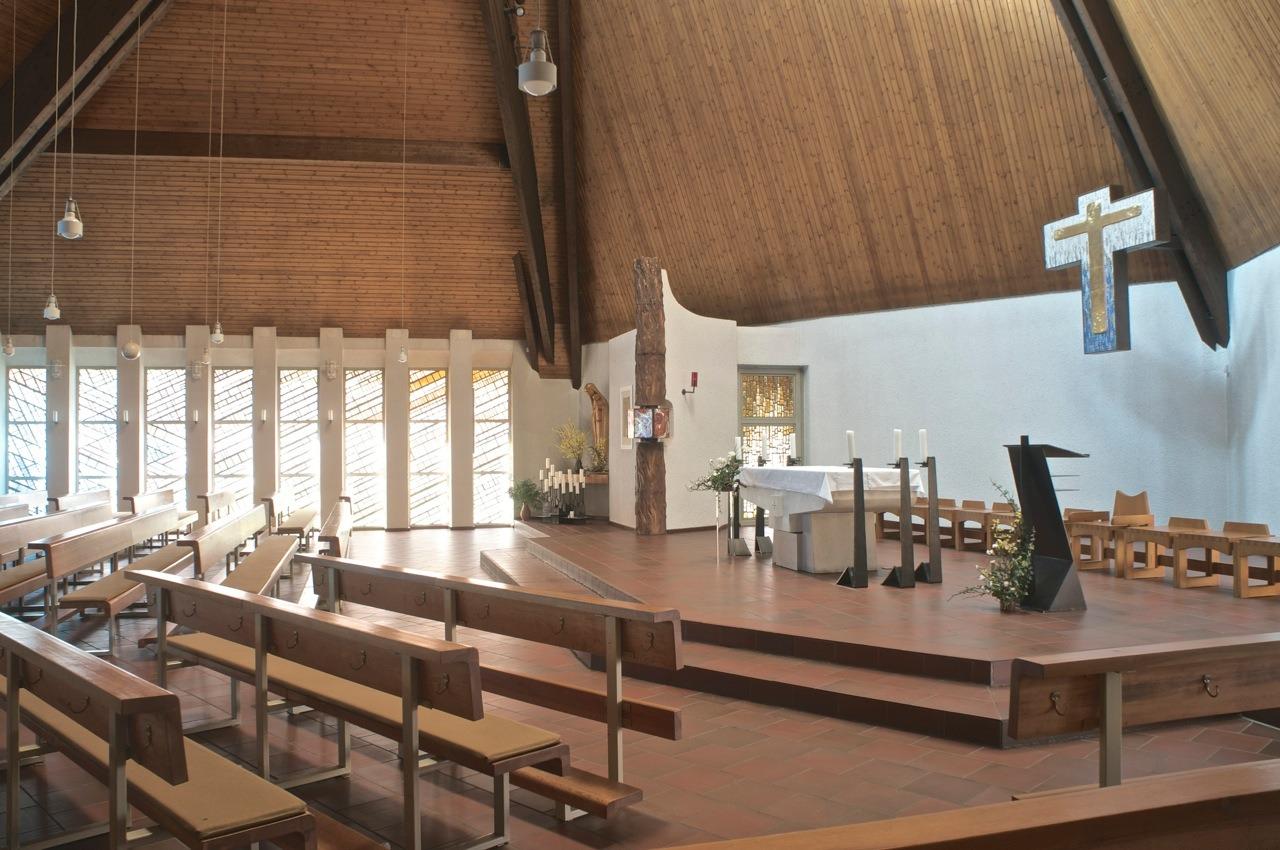 Ilmenau | St. Josef | Altarraum | Foto: Wolfgang Lukassek, Erfurt