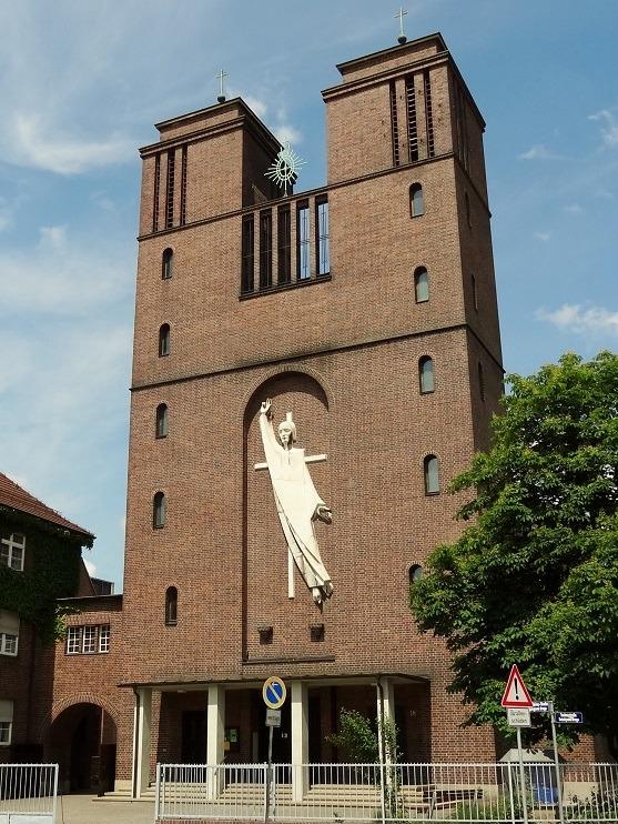 Cottbus | St. Maria Himmelskönigin | Außenbau | Foto: Tourist Cottbus, CC BY SA 3.0