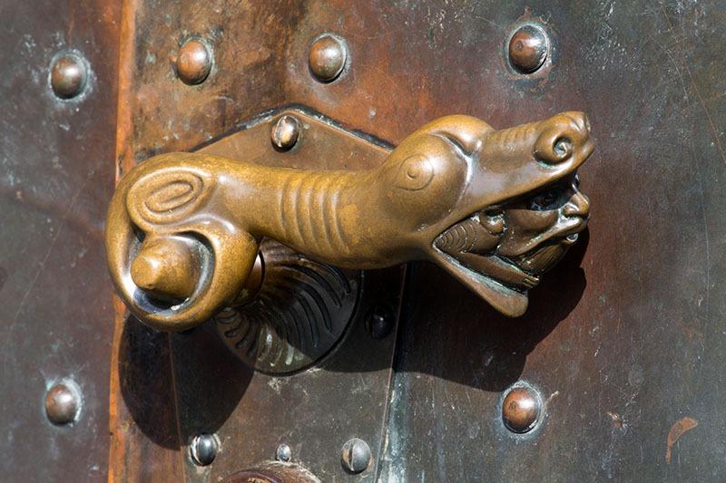 Düren | St. Anna | Türgriff | Foto: Florian Monheim, Krefeld