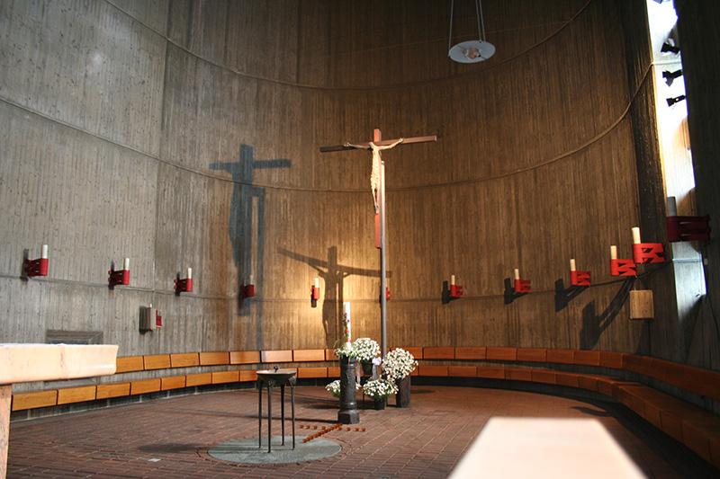 Neuss | St. Pius X. | Innenraum | Foto: EB Köln
