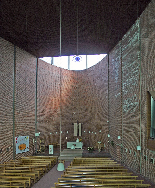 Bottrop | Heilig Kreuz | Innenraum | Foto: Jürgen Wiener, Düsseldorf