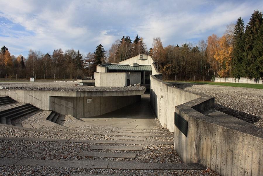 Dachau| Versöhnungskirche | Außenbau | Foto: Philipp Stoltz