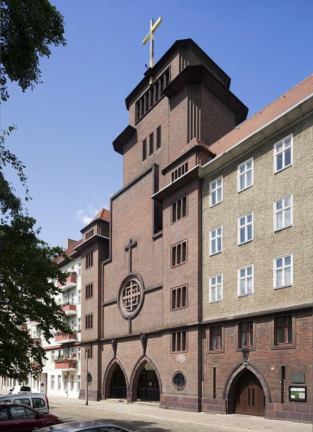 Berlin-Prenzlauer Berg | St. Augustinus | Außenbau | Foto: Florian Monheim