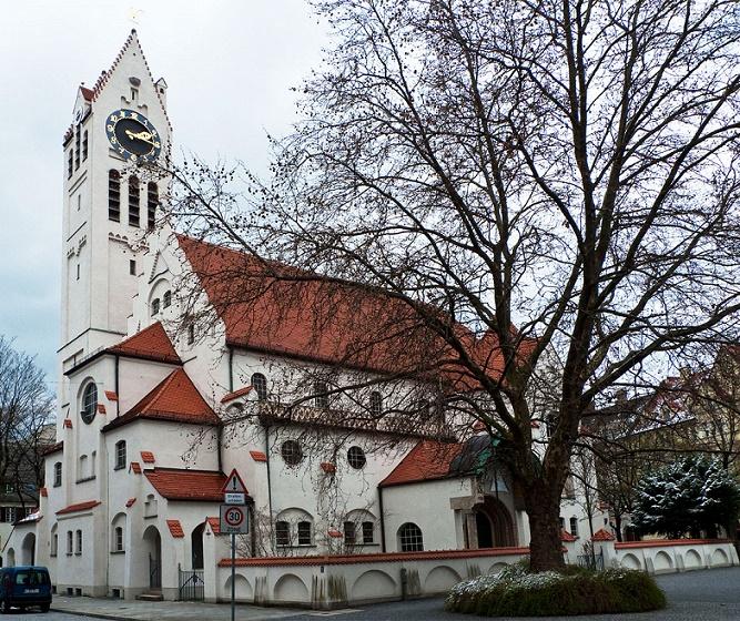 München-Schwabing | Erlöserkirche | Außenbau | Foto: CineAmigo, CC BY SA 3.0