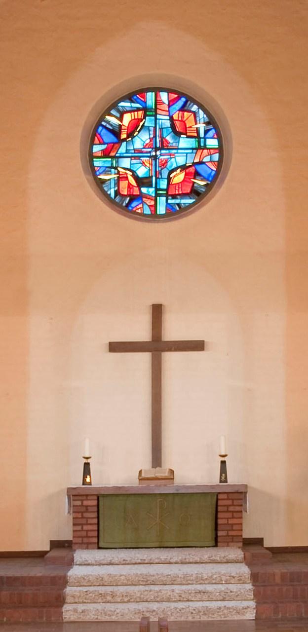 Frankfurt am Main-Frankfurter Berg | Bethanienkirche | Altarfenster | Foto: Christine Krienke, Landesamt für Denkmalpflege Hessen
