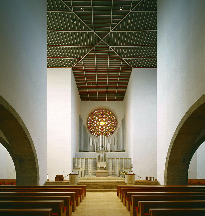 Regensburg-Kumpfmühl | St. Wolfgang | Innenraum | Foto: Pfarrei St Wolfgang Regensburg