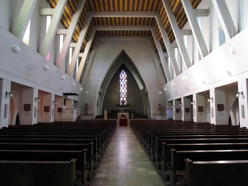 St. Ingbert | St. Hildegard | Innenraum | Foto: atreyu, GFDL oder CC BY SA 3.0