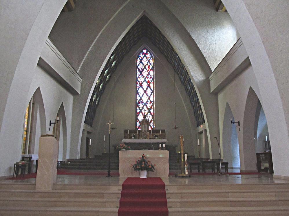 St. Ingbert | St. Hildegard | Altarraum | Foto: atreyu, GFDL oder CC BY 3.0