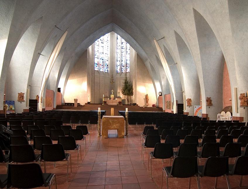 Frankfurt am Main-Sachsenhausen | St. Bonifatius | Innenraum | Foto: Pfarrei St. Bonifatius, Frankfurt am Main, CC BY SA 3.0