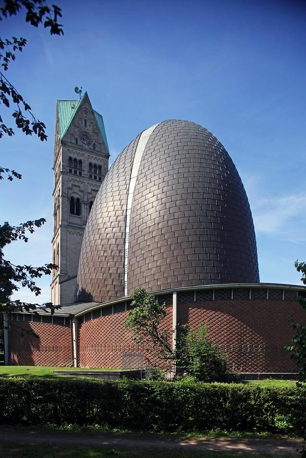 Düsseldorf | St. Rochus | Außenbau | Foto: Jürgen Wiener