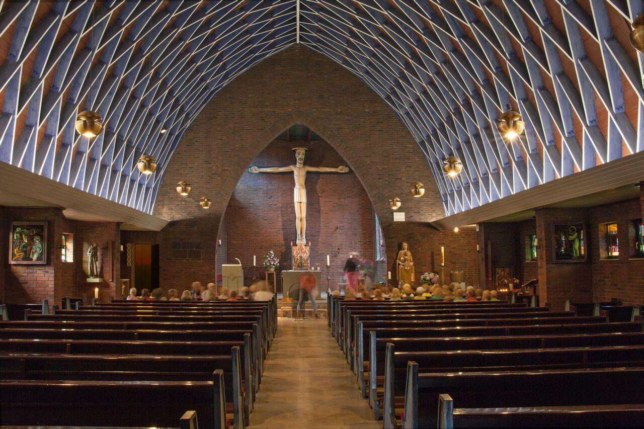 Twist-Schöninghsdorf | St. Franziskus von Assisi | Innenraum | Foto: Pia Landmann, Bild: Ruth und Theo M. Landmann Archiv e. V.
