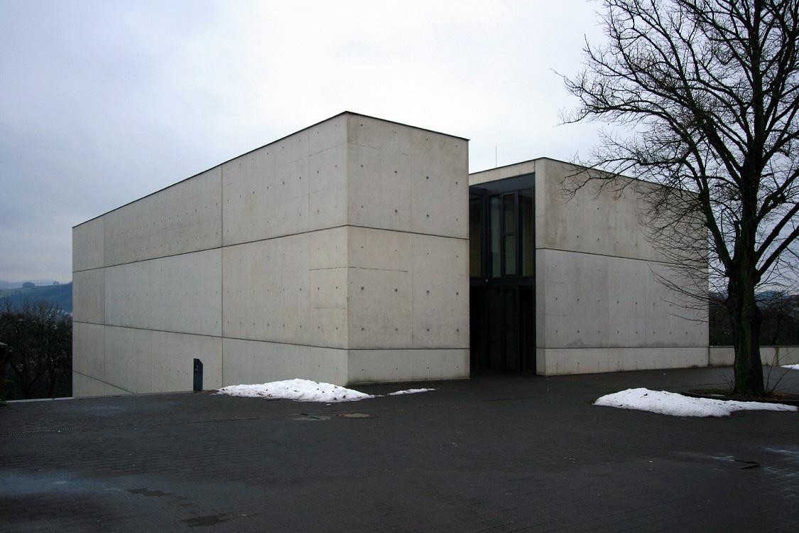 meschede abteikirche stra e der modernestra e der moderne. Black Bedroom Furniture Sets. Home Design Ideas