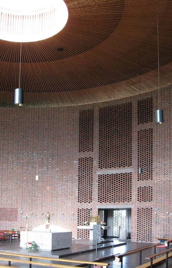München | St. Johann von Capistran | Innenraum | Foto: Karin Berkemann, Büro kirchenkunst.info