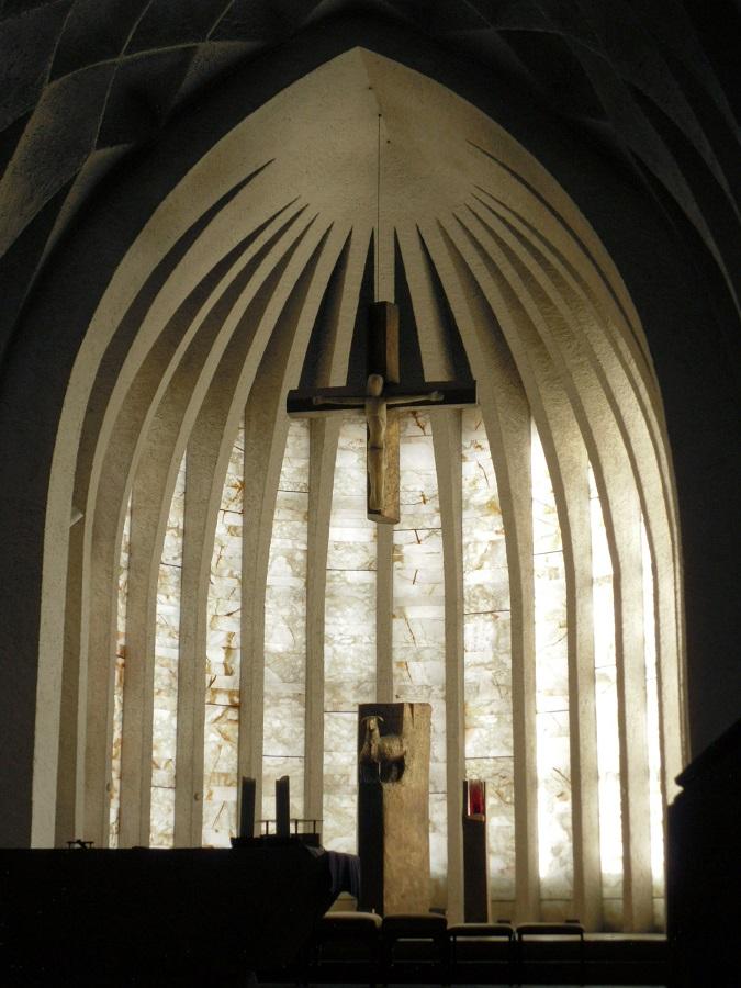 Neu-Ulm | St. Johann Baptist | Chorraum | Foto: Daniel Greb
