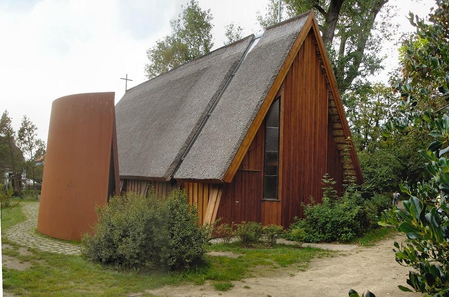 Ahrenshoop | Schifferkirche | Außenbau | Foto: Schiwago, GFDL oder CC BY SA 3.0