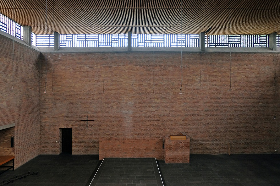 Krefeld-Bockum | Christuskirche | Innenraum während der Restaurierung | Foto: Michaela Kalusok/Jürgen Wiener