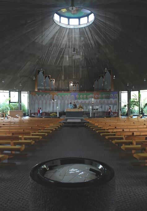 Merzig | St. Josef | Innenraum | Foto: Alex Korting