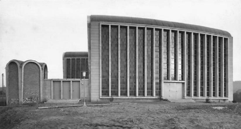 Koblenz-Asterstein | Maria Himmelfahrt | Außenbau um 1959 | Foto: historische Postkarte