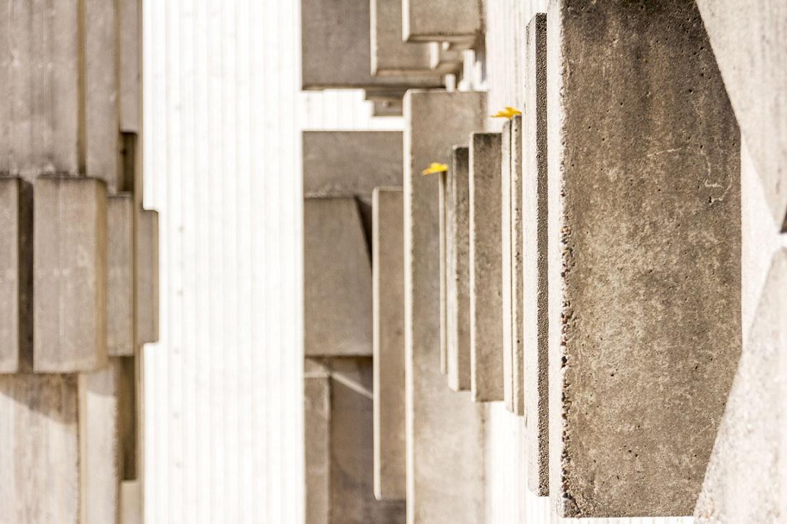 Wiesbaden | St. Mauritius | Wanddetail | Foto: Benjamin Dahlhoff