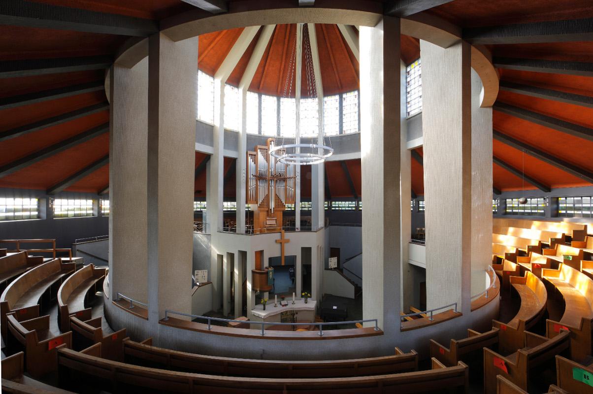 Essen | Auferstehungskirche | Innenraum | Foto: Bildarchiv Florian Monheim, Krefeld