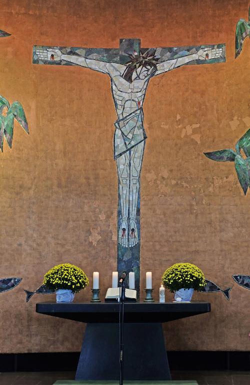 Ludwigshafen | Friedenskirche | Altarwand | Foto: Michaela Kalusok/Jürgen Wiener