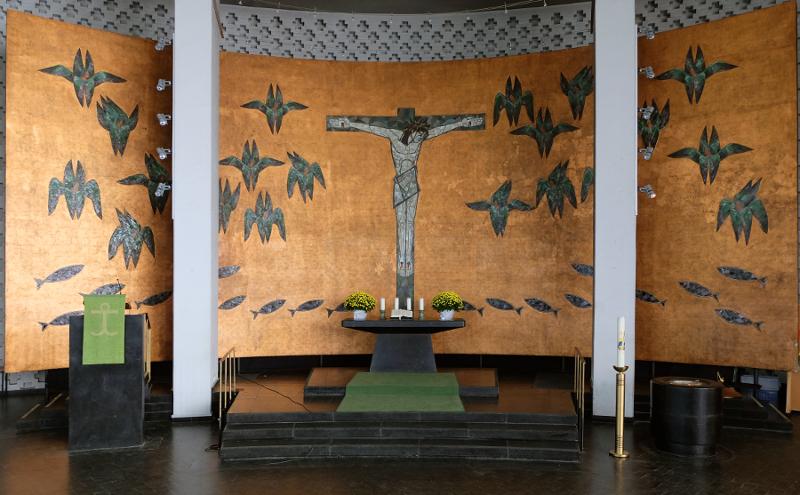 Ludwigshafen | Friedenskirche | Altarraum | Foto: Michaela Kalusok/Jürgen Wiener