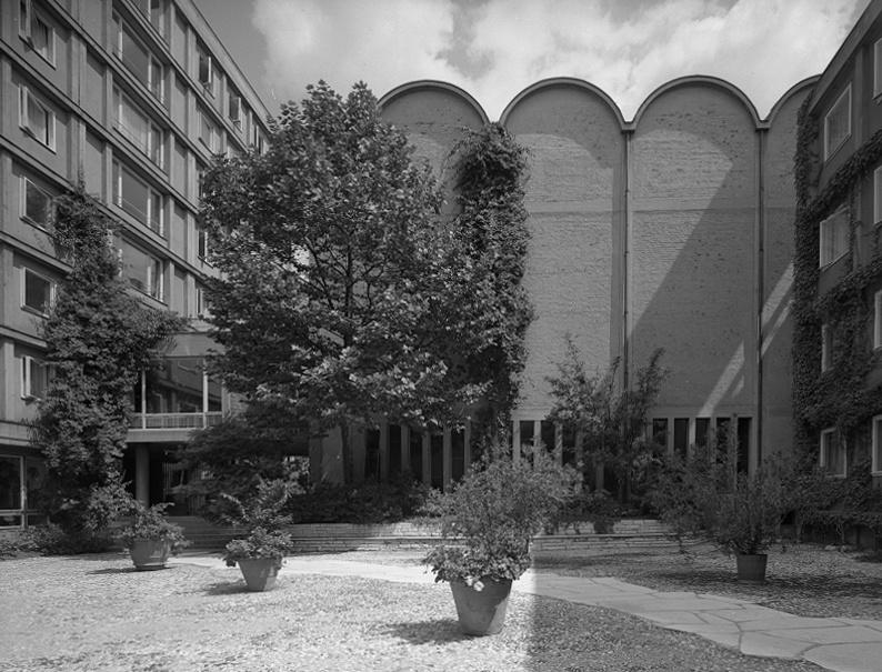 München-Isarvorstadt | Herz Jesu | Außenbau nach 1953 | Foto: Sigrid Neubert, Architekturmuseum der TU München