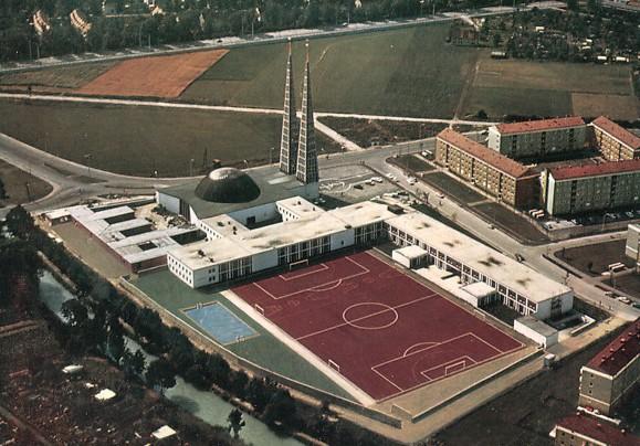 Augsburg | St. Don Bosco | Luftaufnahme | Foto: Postkarte, Aero-Expreß, München, wohl späte 1960er Jahre