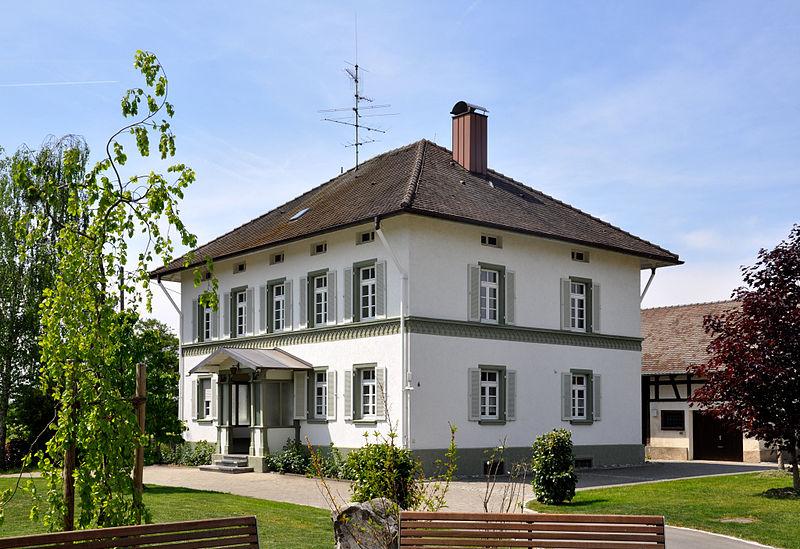 Meckenbeuren-Kehlen | St. Verena | Pfarrhaus | Foto: Andreas Praefcke, CC BY SA 3.0