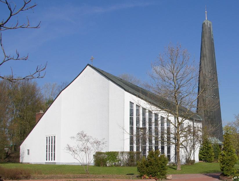 Wolfsburg | Pauluskirche | Außenbau | Foto: K. Reichardt