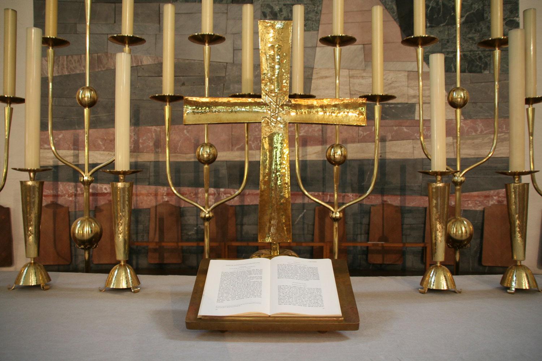 München | St. Matthäus | Altar | Foto: Anja Lempges