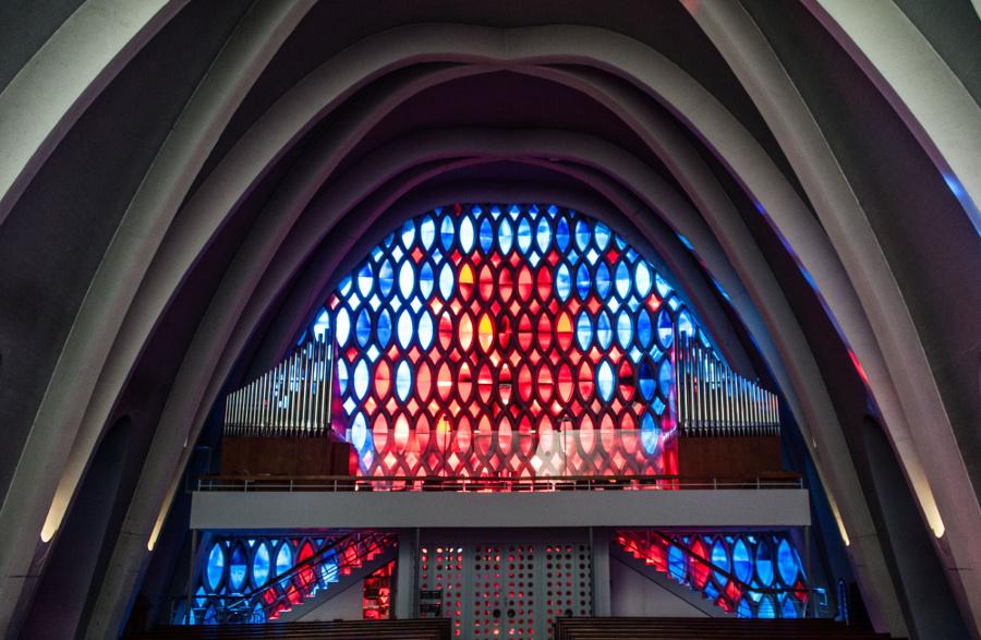 Wiesbaden | Heilig-Geist-Kirche | Orgelempore | Foto: Hubert Kahabka