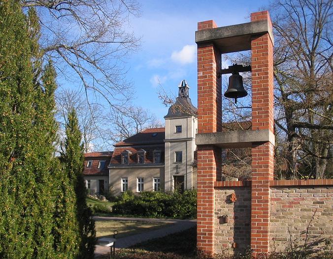 Am Mellensee | Kloster Alexanderdorf | St. Gertrud | Klosteranlage | Foto: Lienhard Schulz, CC BY SA 3.0