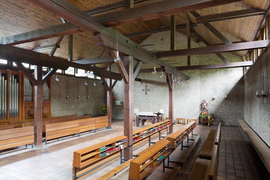Am Mellensee | Kloster Alexanderdorf | St. Gertrud | Innenraum | Foto: Florian Monheim, Krefeld