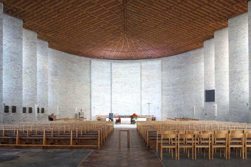 Karlsruhe | St. Konrad | Innenraum vor der Renovierung | Foto: Cordula Schulze, Karlsruhe