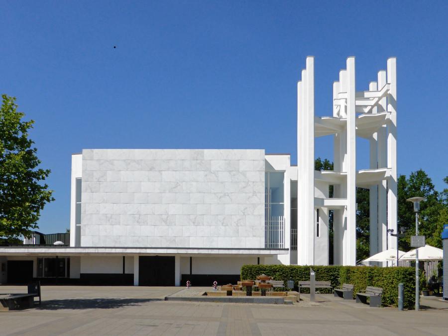 Wolfsburg | Stephanus-Kirche | Außenbau | Foto: Kirchenfan CC0 1.0