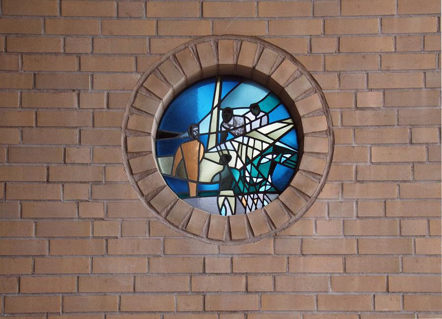 Westerland/Sylt | St. Christophorus | Glasgestaltung | Foto: Hajotthu, GFDL oder CC BY SA 3.0