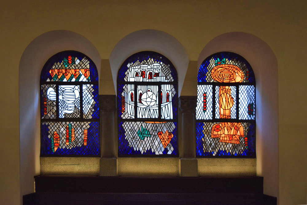 Karlsruhe | Lutherkirche | Glasgestaltung | Foto: Luthergemeinde Karlsruhe/Irene Burger