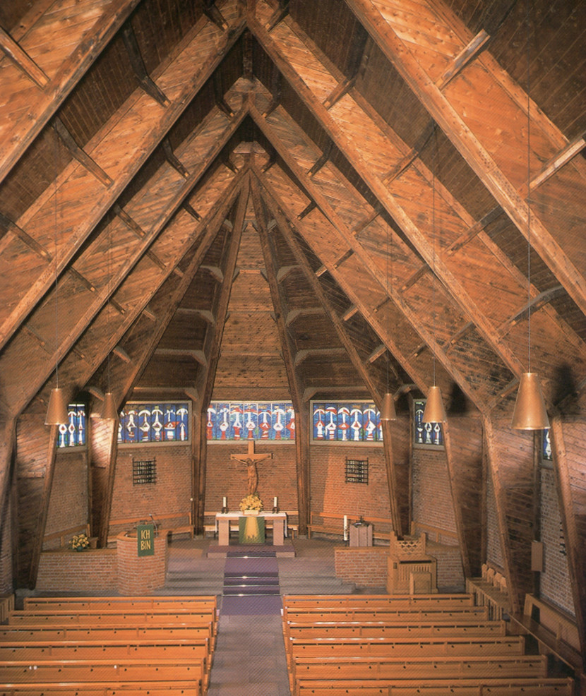 Pforzheim | Auferstehungskirche | Innenraum | Foto: Ev. Johannesgemeinde Pforzheim/Günter Beck