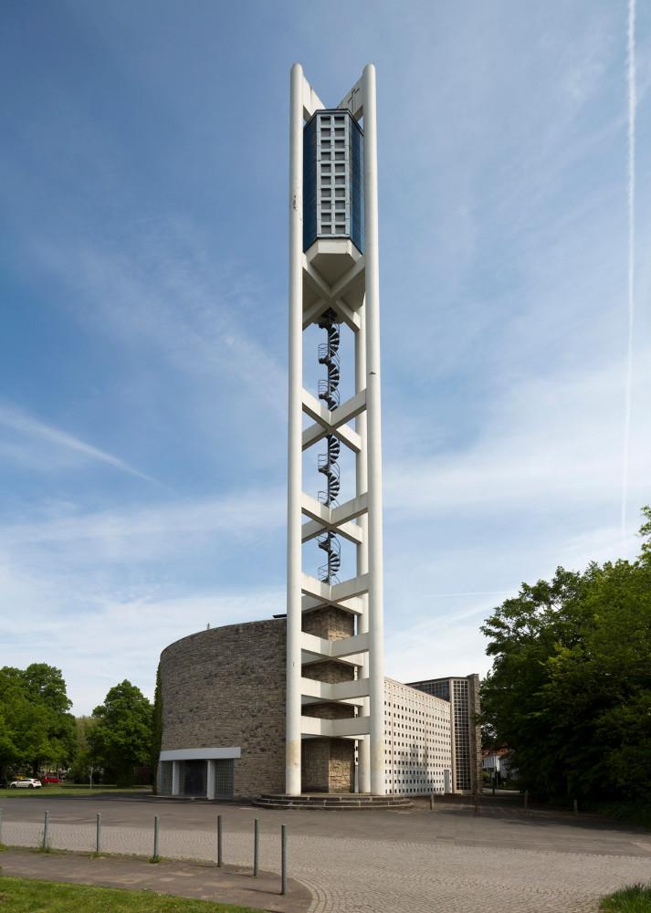 Hannover | Bugenhagenkirche | Außenbau | Foto: Florian Monheim/Bildarchiv Monheim GmbH