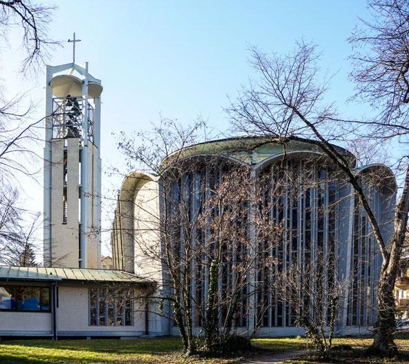 Freiburg | Ludwigskirche | Altarseite | Foto: ev. Kirchengemeinde Freiburg-Nord
