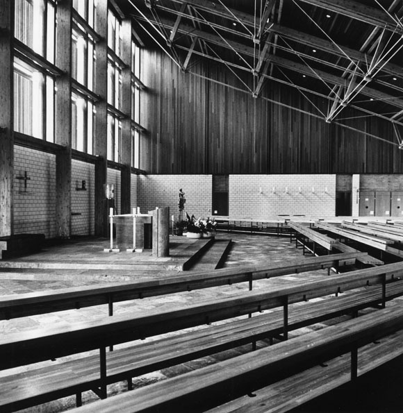Burglengenfeld | St. Josef  | Inennraum zur Bauzeit | Bild: Gaupp Architekten